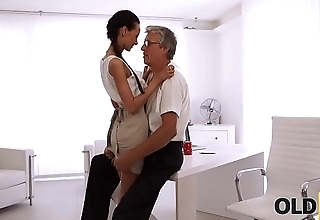 OLD4K. Gorgeous brunette successfully seduced her middle-aged boss