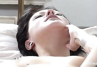 Marina With Exotic Nose Ring and Sexy Tattoos Gets herself Off