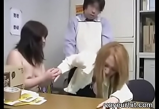 japanese female parent and daughter -4