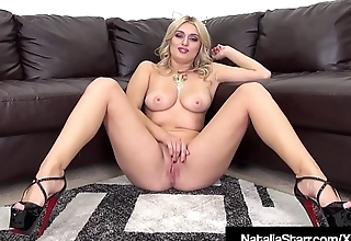 Kitty Cat Natalia Starr Dildo Fucks Her Purrfect Pussy!