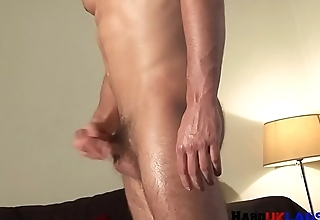 Cock tugging solo brit wanking in closeup