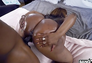 Long BBC pounds wet twat of big-assed Ebony bitch