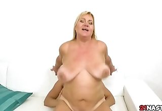 Granny Loves Broad in the beam Dick - Pam Pink, Nick Vargas